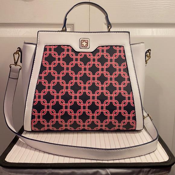 White shoulder bag - Charming Charlie's